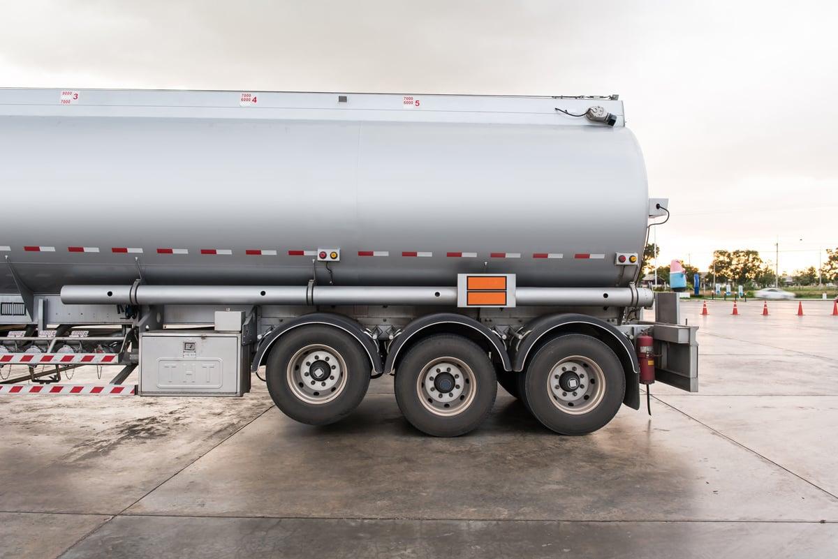 Spot-tanker