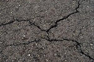 Unfilled cracks